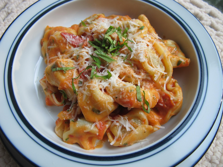 Fresh Tomato Tortellini